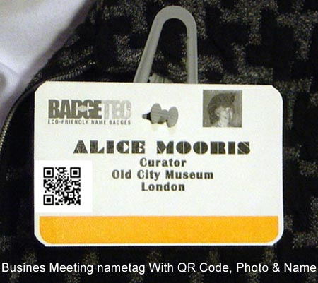 black meetings tourism qr codes on business meeting nametags